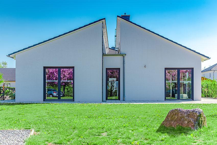 Bungalow Der Haustyp Fur Jung Und Alt Schrader Haus